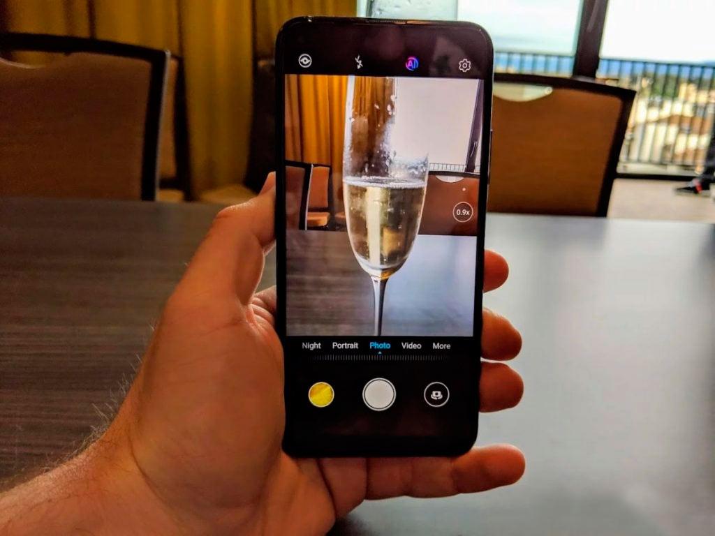 Купить смартфон Honor 20 Pro в Минске по приемлемым ценам